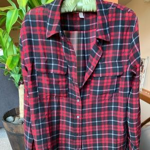Lovely Banana Republic button up long sleeve!